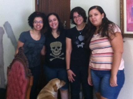 Vanessa, Maria Espinheira, Marley, eu, e Mariana.