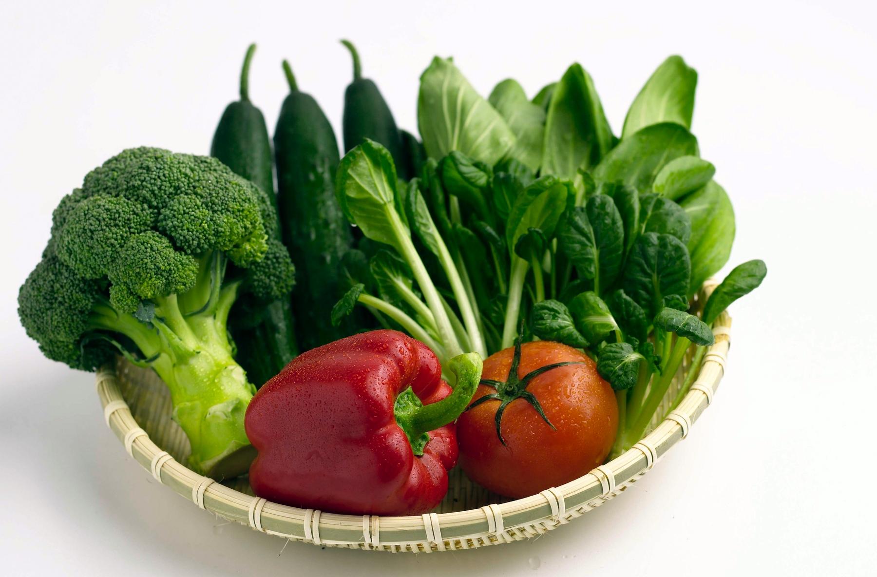 Vegetais como legumes, verduras, frutas, hortaliças e algas concentram fitonutrientes e antioxidantes que protegem o organismo contra danos relacionados ao estresse, as doenças e o envelhecimento. (Créditos: diabetes.info.com)
